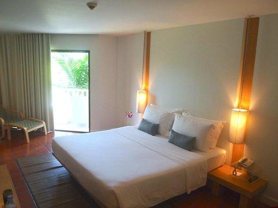 Ramada Phuket Southsea: room