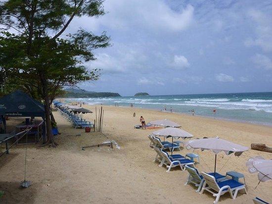 Ramada Phuket Southsea: beach