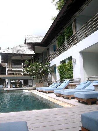 Ramada Phuket Southsea : pool view