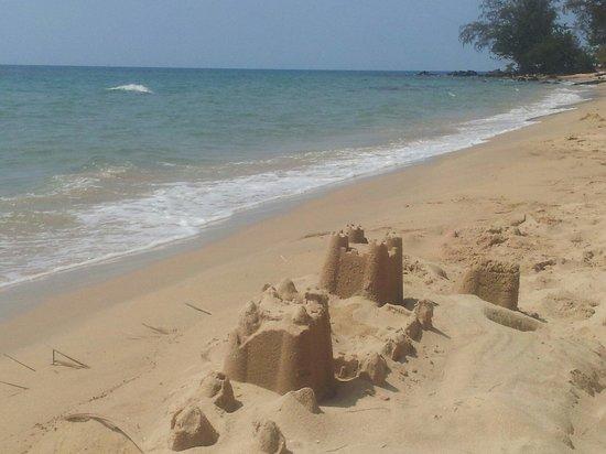 Coco Palm Beach Resort & Spa: Stranden