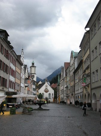Central Hotel Loewen: Площадь, собор