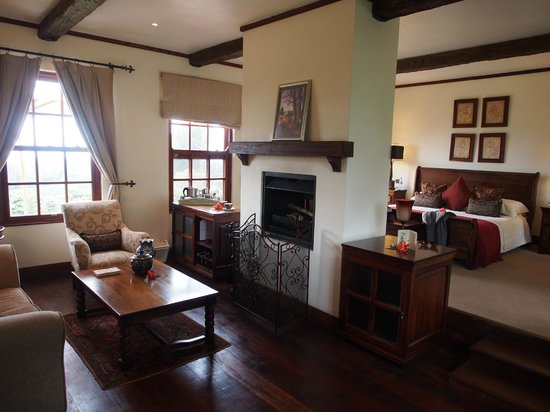 The Manor at Ngorongoro: Large suites with fire places