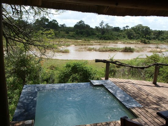 Dulini River Lodge: View from Room