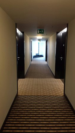 Grandior Hotel Prague: Corridor, 8th floor.