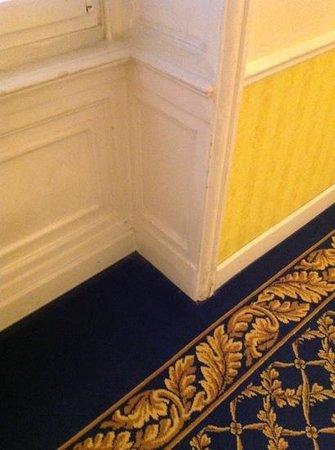 Hotel Bristol Palace: walkway