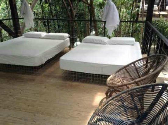Sekeping Serendah Retreat: Bedroom 1 (2 double bed + 2 single bed)
