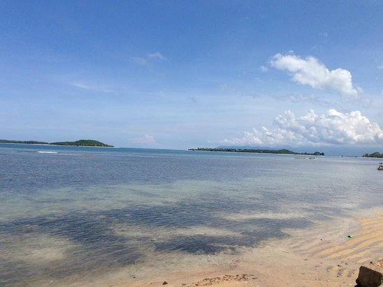 Gili Nanggu Cottages and Bungalows: Front beach side