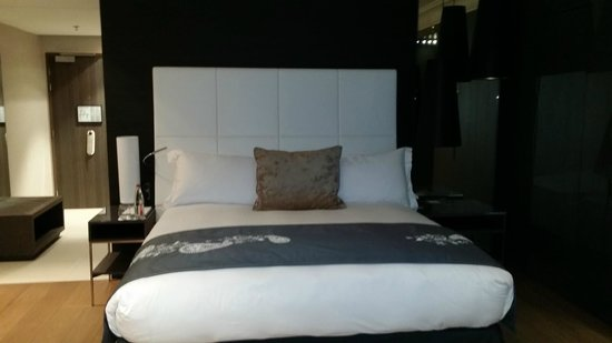 InterContinental Marseille - Hotel Dieu : Lit King Size