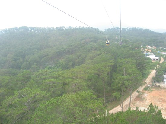 Thien Vien Truc Lam: View from the Cable Car over Deo Prenn Pass