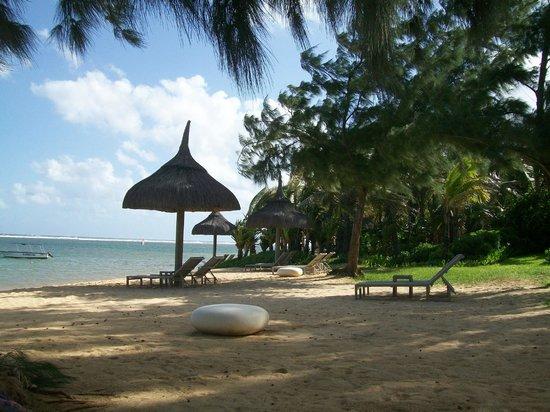 Sofitel So Mauritius : petite plage du côté du restaurant de la plage
