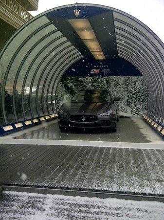 Hotel Alpina & Savoy : You can buy a sports car and drive off with it in Crans Montanna shopping area!