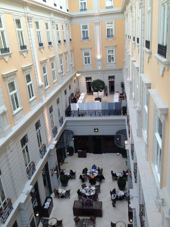 Corinthia Hotel Budapest : vista dalla camera giorno