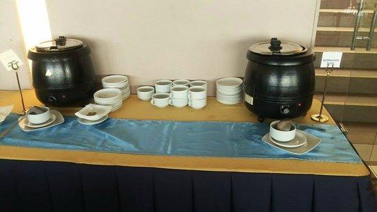 The Lake Hotel Tagaytay : soup station