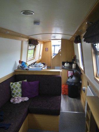 Aqua Narrowboats: The interior of Aqua Vivo