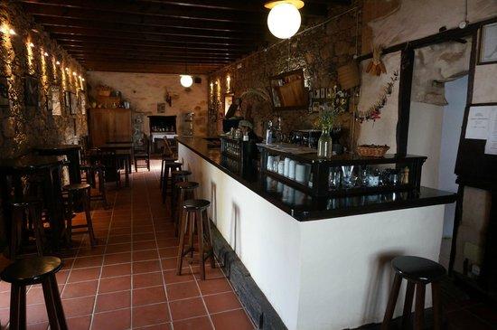 Casa Isaitas: bar and indoor restaurant