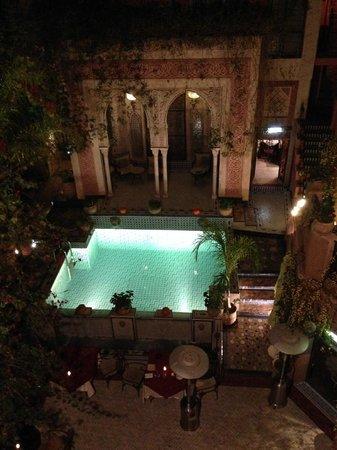 Palais Sebban: la piscina e la hall visti dal terrazzo