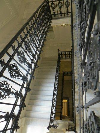 Hotel Nemzeti Budapest - MGallery by Sofitel : Staircase