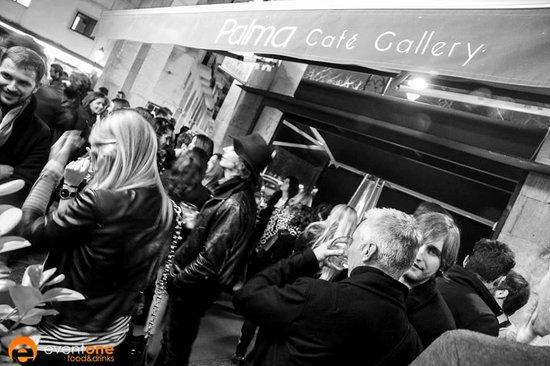 Palma cafe Gallery