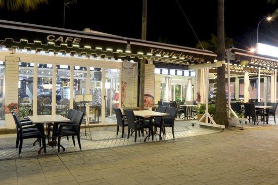 Restaurante Vinicius: Al aire libre