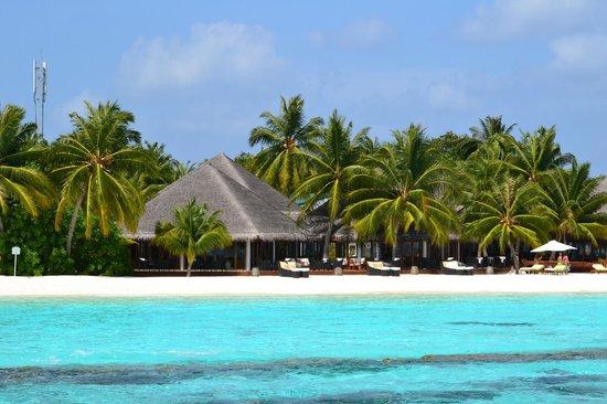 Vakarufalhi Island Resort: vue du ponton