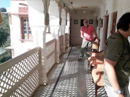 Pushkar Lake Palace: corridoio