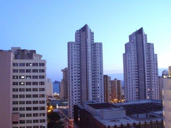 MedPlaya Hotel Rio Park: Side view of Benidorm from hotel balcony