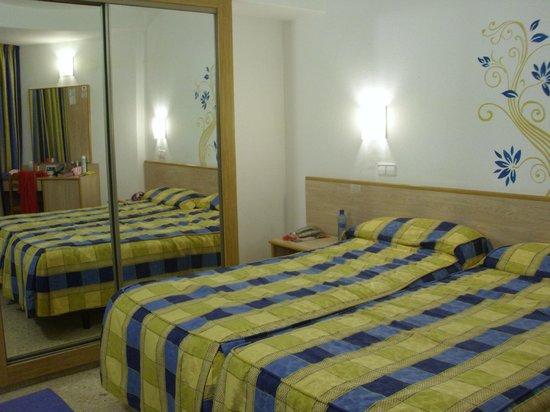 MedPlaya Hotel Rio Park: Room 1210 on top floor of hotel