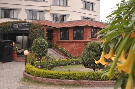 Samsara Resort : Main Gate