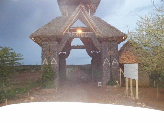 AA Lodge Amboseli: Einfahrt