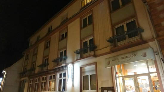 Majestic Hotel : 外観