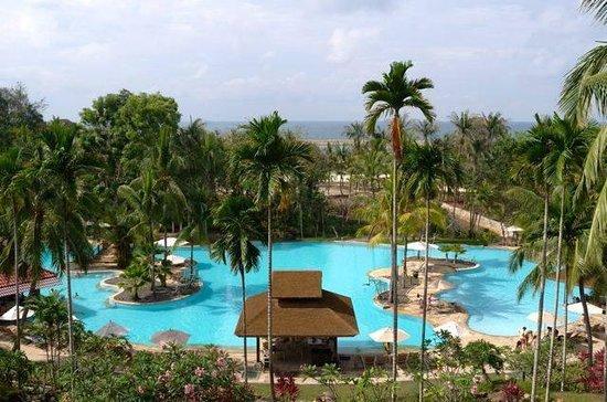 Bintan Lagoon Resort: Main Swimming Pool