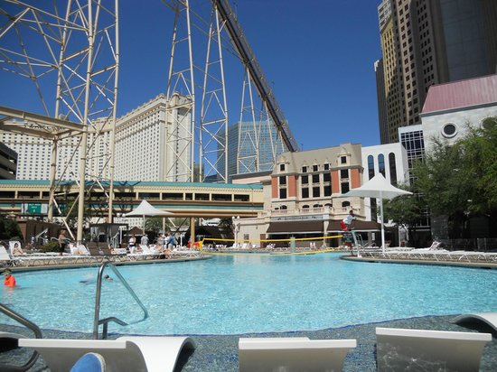 Pool Picture Of New York New York Hotel And Casino Las Vegas Tripadvisor