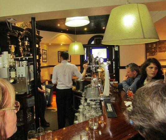 Dublin Literary Pub Crawl: The Old Stand