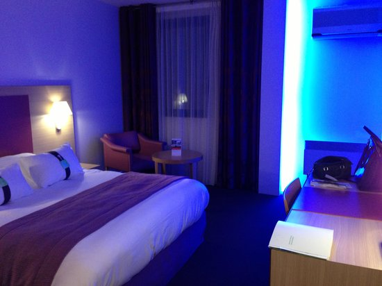 Holiday Inn Blois Centre: The room