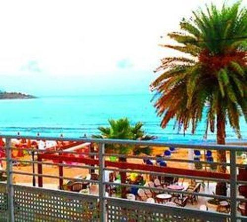 4-S Beach Apartments