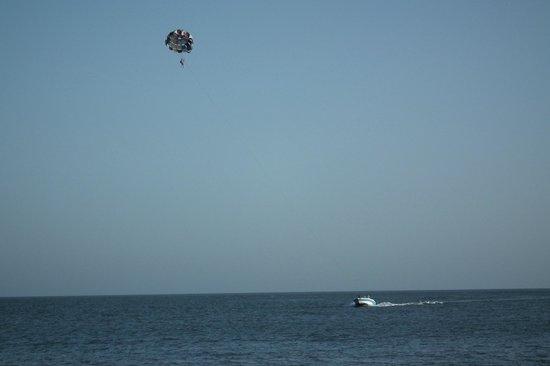 Para sailing @Nagoa Beach