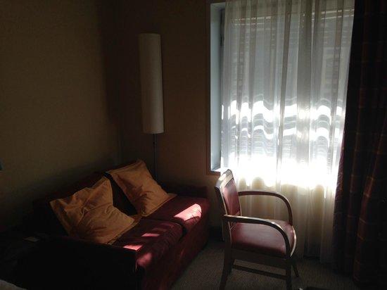 Holiday Inn Express Paris-Canal de la Villette : Room