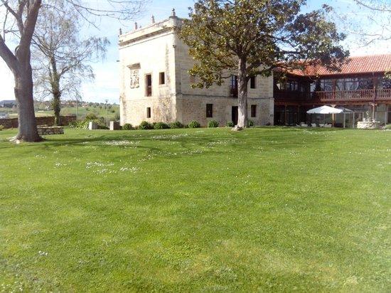 Restaurante Palacio Mijares: Vista del Palacio 2