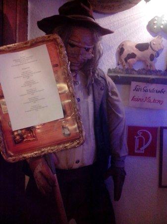 Pürstner: вход в ресторан