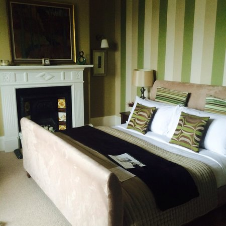 No.20 Boutique Bed and Breakfast: Heron room