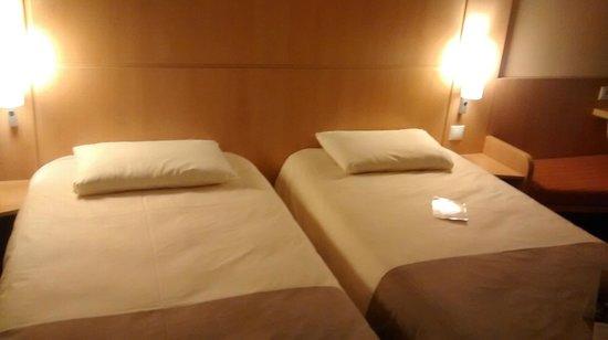 Ibis Warszawa Reduta: Bed