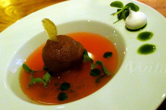 Voilà Soepje van  Bloedsinaasappel met komkommer etc.