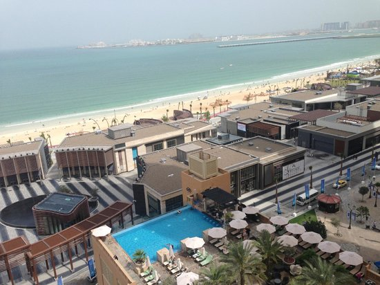 Sofitel Dubai Jumeirah Beach : View from tenth floor room balcony