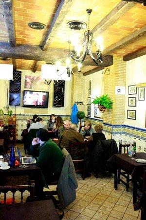 Restaurante Universal Pacoche: Salón diario