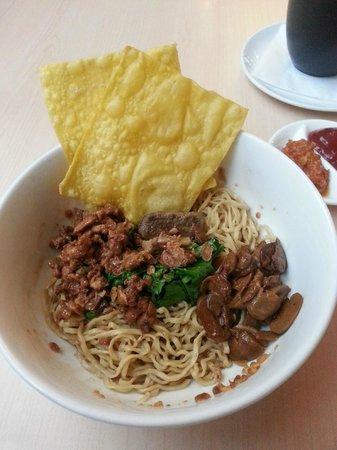 Artotel Surabaya: Bakmi Noodle with Foie Gras
