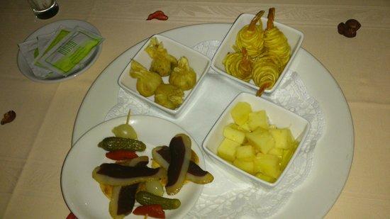 Cerdanya EcoResort: Entrantes de la cena romantica