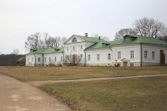 Yasnaya Polyana Museum-Estate of Leo Tolstoy: Дом Волконского