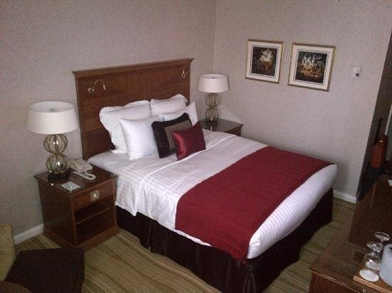 London Marriott Hotel Kensington: Double bed room
