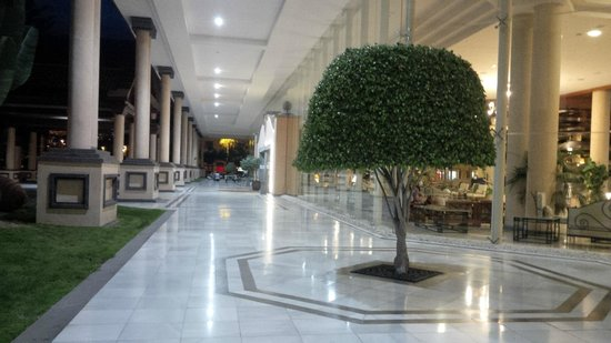 GF Gran Costa Adeje: grand entrance