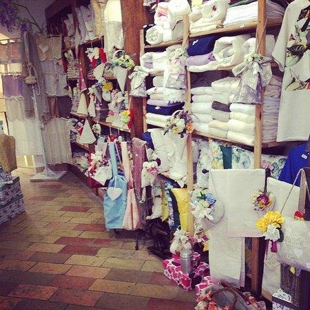 Casa de' Trinci : Il nostro negozio